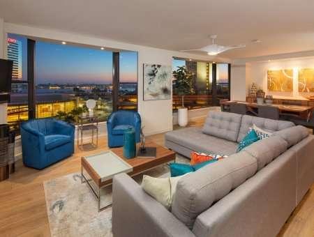 New Listing – Cityfront Terrace #1021 – Stunning. Elegant. Modern.