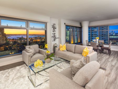 New Listing – Renaissance #1811 – Stunning Views of the Bay