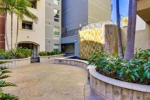 Park Boulevard West Courtyard, East District, San Diego