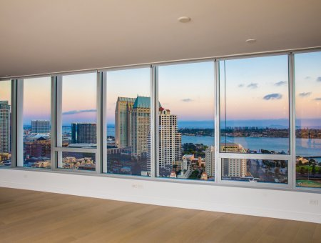 New Listing – Pacific Gate #2504 – Views, Views and More Views